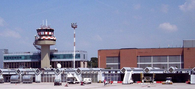 venezianskiy-aeroport-marco-polo