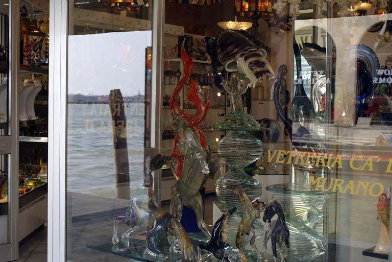 vitrina-masterskoy-stekla-murano-venezia